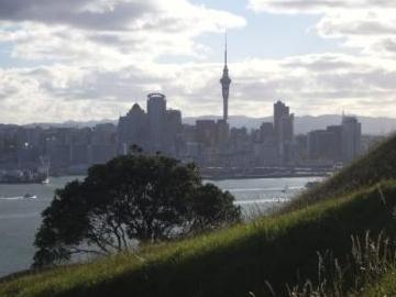 Auckland from MtVictoria.JPG