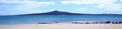 Rangitoto Isl - Mission Bay.JPG
